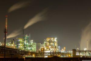 Industriepark_bei_Nacht